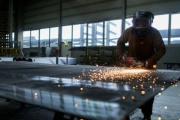 """La energía y los metales tendrán """"fuertes"""" incrementos en el 2017: Banco Mundial"""